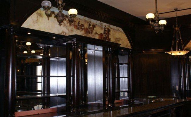 2.-Lobby-Bar-Mansion-Lucy-650×400