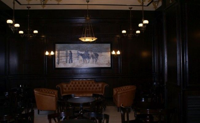 5.-Lobby-Bar-Mansion-Lucy-650×400