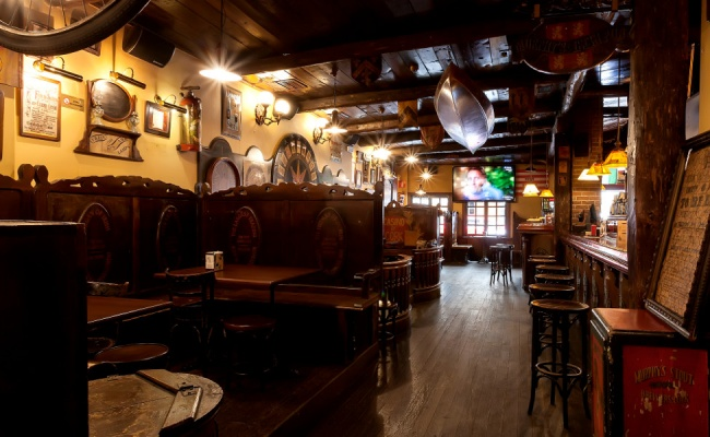 molly-malone-irish-pub-decoretro