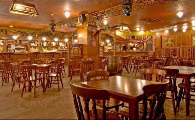 cervecería-sixty-decoracion-tematica-decoretro